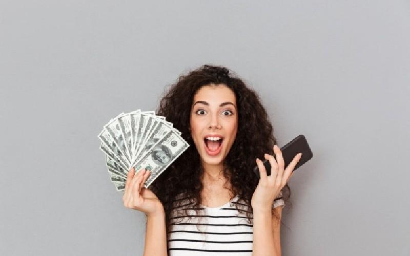 Ganar dinero en redes sociales